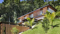 Casa Portobello  / Tripper Arquitetura