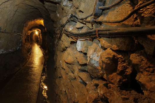Tarnowskie Góry Lead-Silver-Zinc Mine. Image© <a href='http://ift.tt/2tKlC7Z user PolandMFA</a> licensed under <a href='http://ift.tt/2fpzIVI BY-ND 2.0</a>