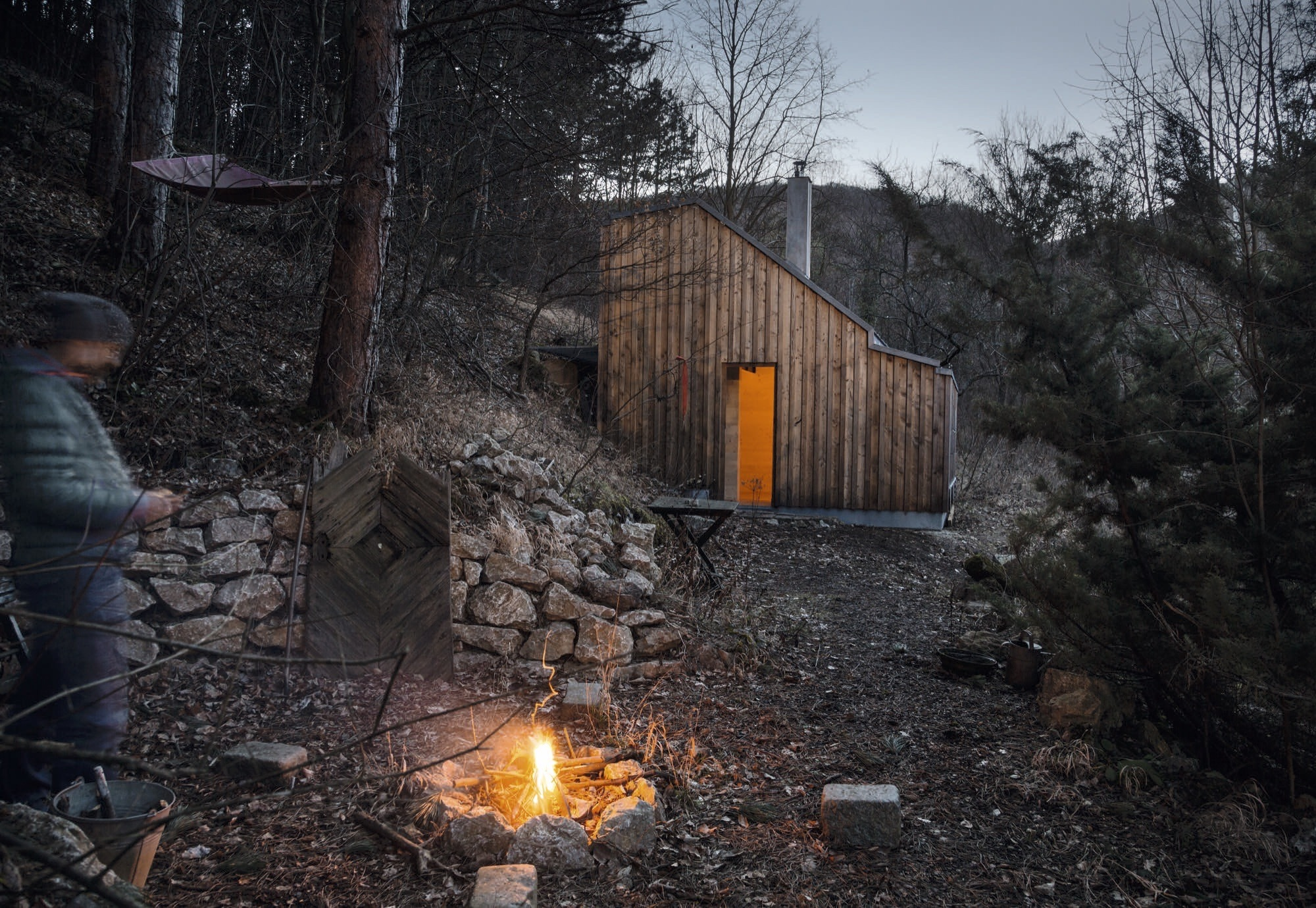 Folding dwellings & cabins for modern wanderers - Magazine cover