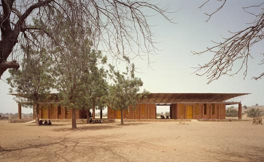 School in Gando / Kéré Architecture. Image© Siméon Duchoud