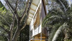 Taringa Treehouse / Phorm architecture + design