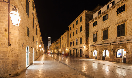 Stradun, Dubrovnik: King's Landing. Image © <a href='http://ift.tt/2vquwar user Diego Delso</a> licensed under <a href='http://https://creativecommons.org/licenses/by-sa/4.0/'>CC BY-SA 4.0</a>