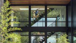 Residencia caja musical / Scott | Edwards Architects
