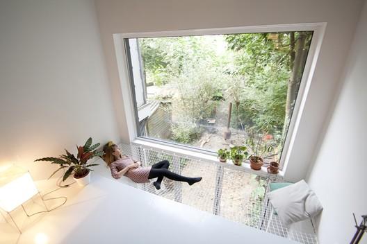 skinnySCAR / Gwendolyn Huisman and Marijn Boterman. Image Courtesy of Gwendolyn Huisman and Marijn Boterman