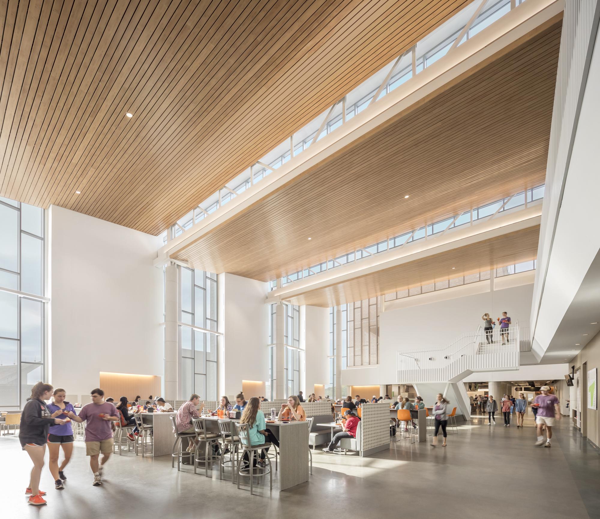 Dining Hall: Clemson University Core Campus Dining Facility / Sasaki