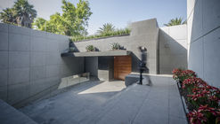 The Palmas House / Revolution