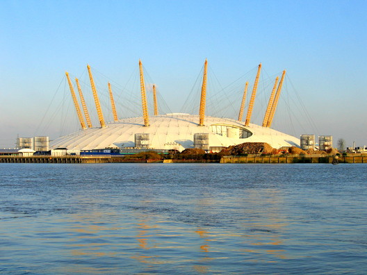 Millennium Dome. Image © <a href='https://www.flickr.com/photos/jamesjin/58712717/'>Flickr user jamesjin</a> licensed under <a href='https://creativecommons.org/licenses/by-sa/2.0/'>CC BY-SA 2.0</a>