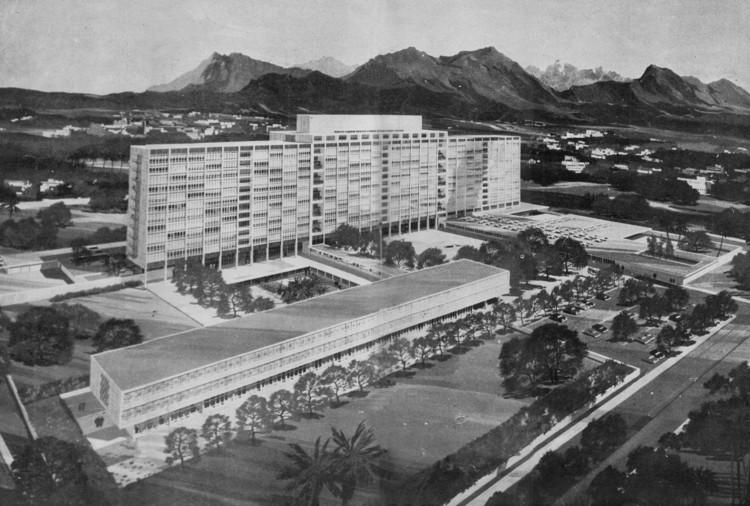 Hospital Central del Empleado del Seguro Social. Image Cortesía de CAMMP