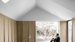 Kew House / McLaren.Excell
