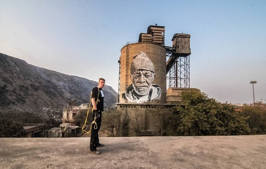 There is Nowhere to Go but Everywhere by Hendrik Beikirch, Delhi