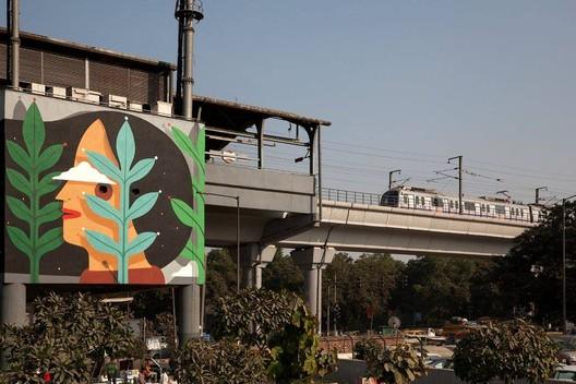 Artwork by Agostino Lacurci, Govindpuri Metro Station, Delhi
