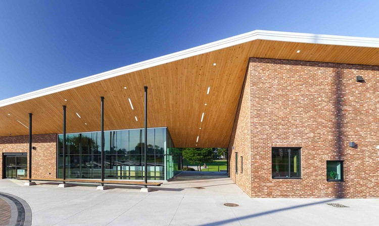 The Oval Pavilion / DSRA Architecture, © Marvin Moore