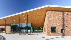 The Oval Pavilion / DSRA Architecture