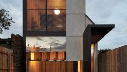 Caballo Oscuro / Architecture Architecture