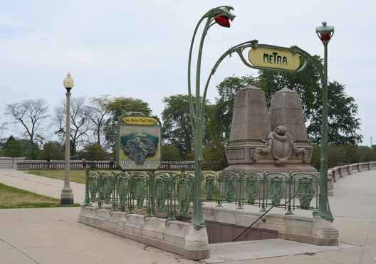 "Replica Métro Station entrance in Chicago, USA © <a href=""http://ift.tt/2uJ1Qsp Commons user J. Crocker</a> (2012) licensed under Public Domain. Image Courtesy of J. Crocker"