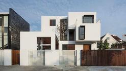 Box House / Ming Architects