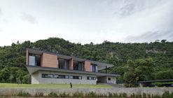 Khaoyai House / I Like Design Studio