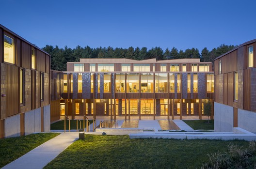 Field Elementary School by Jonathan Levi Architects. Image Courtesy of Boston Society of Architects/AIA