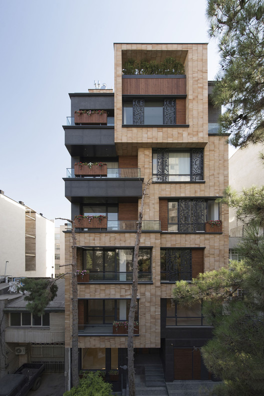 Niloofar Apartment Alidoost And Partners Archdaily
