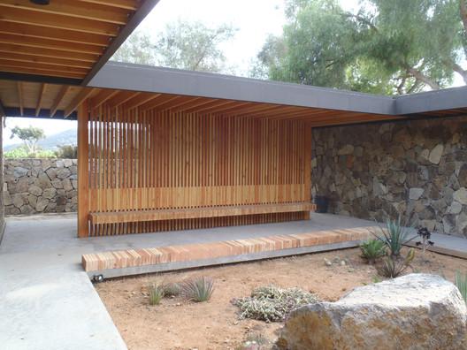 The Bathrooms, El Tigre, Ensenada, BC, 2012. Image Courtesy of Taller de Arquitectura Mauricio Rocha + Gabriela Carrillo