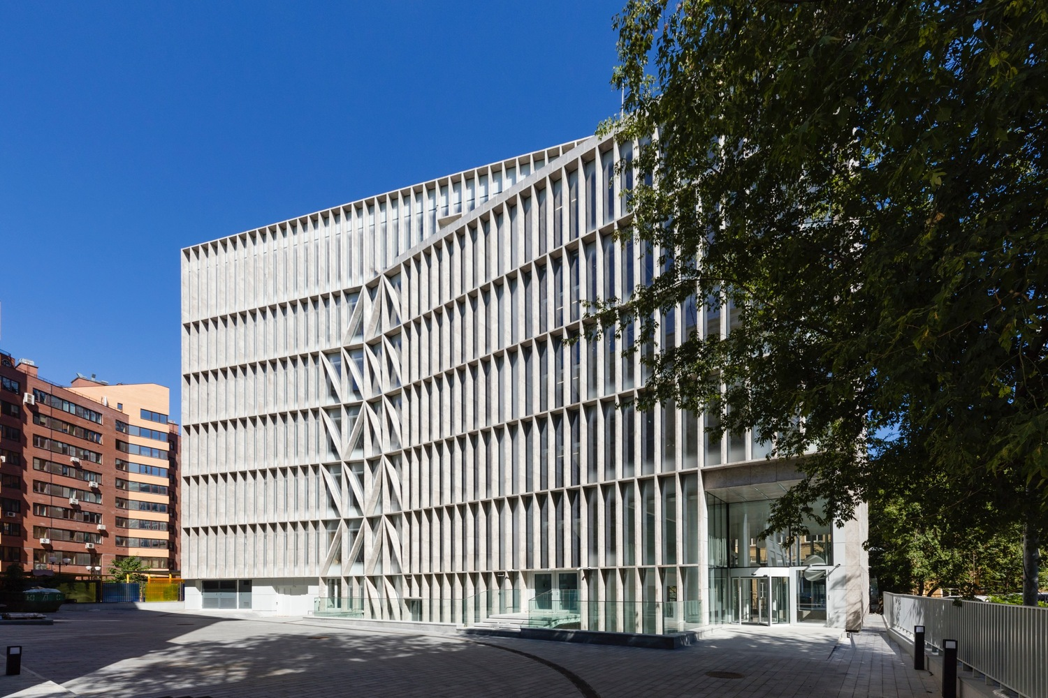 Pharmaceutical HQ / Architects of Invention