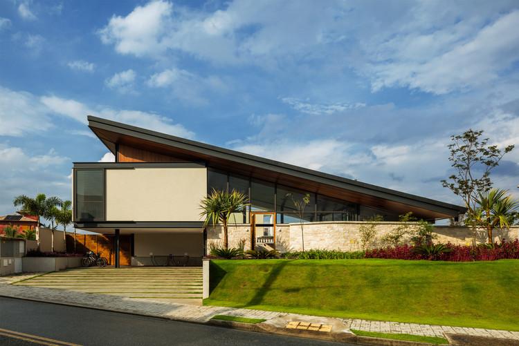 CR House / Obra arquitetos, © Nelson Kon
