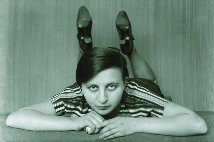 An Introduction to Seven Influential and Innovative Women of the Bauhaus, © Gertrud Arndt, Bauhaus Archive, Berlin