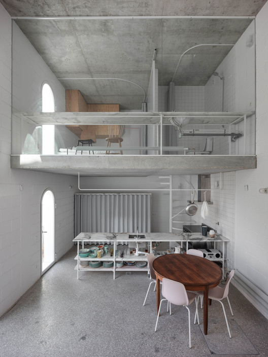 Dodged House / Leopold Banchini + Daniel Zamarbide, © Dylan Perrenoud