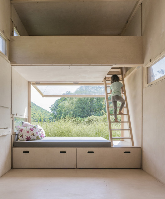 Storage Solution for Small Houses: Useful Examples, Cabin on the Border / SO? Architecture&Ideas. Image Cortesía de SO?