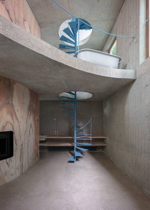 Casa do Monte / Leopold Banchini + Daniel Zamarbide, Courtesy of Dylan Perrenoud