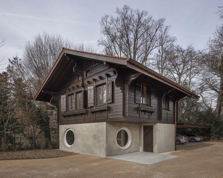 Mr. Barrett's House / Daniel Zamarbide, © Dylan Perrenoud