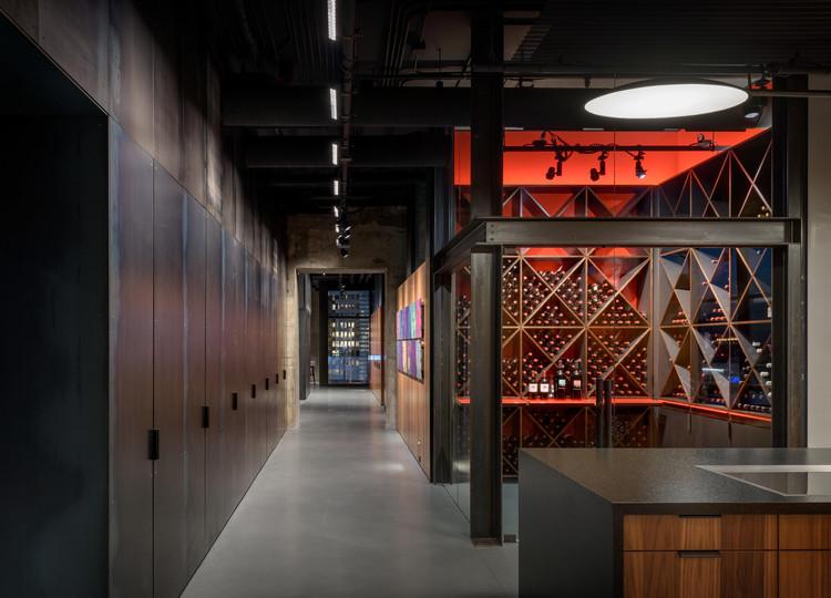 Dallas Apartment / Olson Kundig, © Aaron Leitz