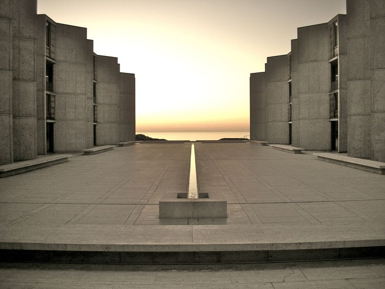 The Creative Process of the Four Pioneers of Modern Architecture, Louis Kahn Salk Institute. Image © Flickr by TheNose under the license Creative Commons Attribution-Share Alike 2.0