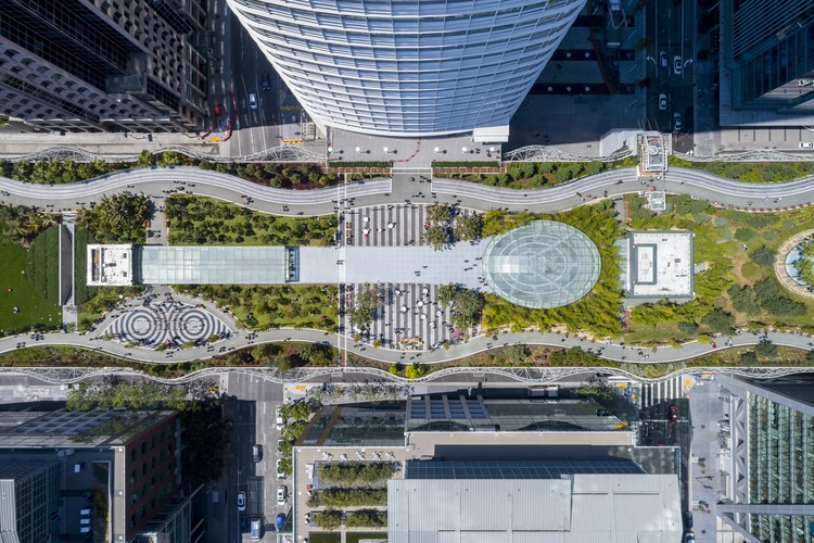 2019's Biggest Developments in Landscape Architecture, Salesforce Park, San Francisco, CA. Image Courtesy of PWP Landscape Architecture