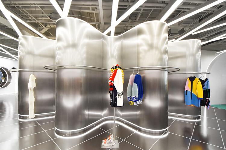 TGY Multi-Brand Fashion and Event Store / RAMOPRIMO, © Marcella Campa