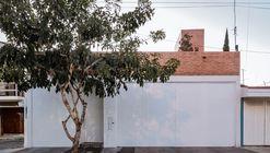 VA House / BAC Barrio Arquitectura Ciudad