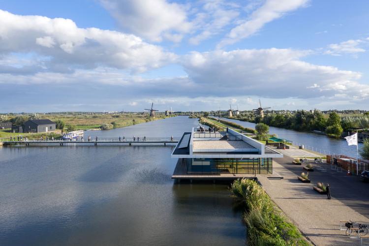 Visitor Center Unesco World Heritage Site Kinderdijk / M& DB Architecten, © Ossip van Duivenbode