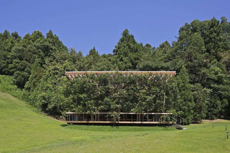 White Arbor and Open Air Theater / APL design workshop, © KITAJIMA Toshiharu/ Archi Photo