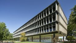 Sacramento Municipal Utility District HQ Renovation / Dreyfuss + Blackford Architecture