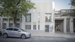Guapa Cordon Sur Apartments / Mola Kunst + Mateo Nunes Da Rosa