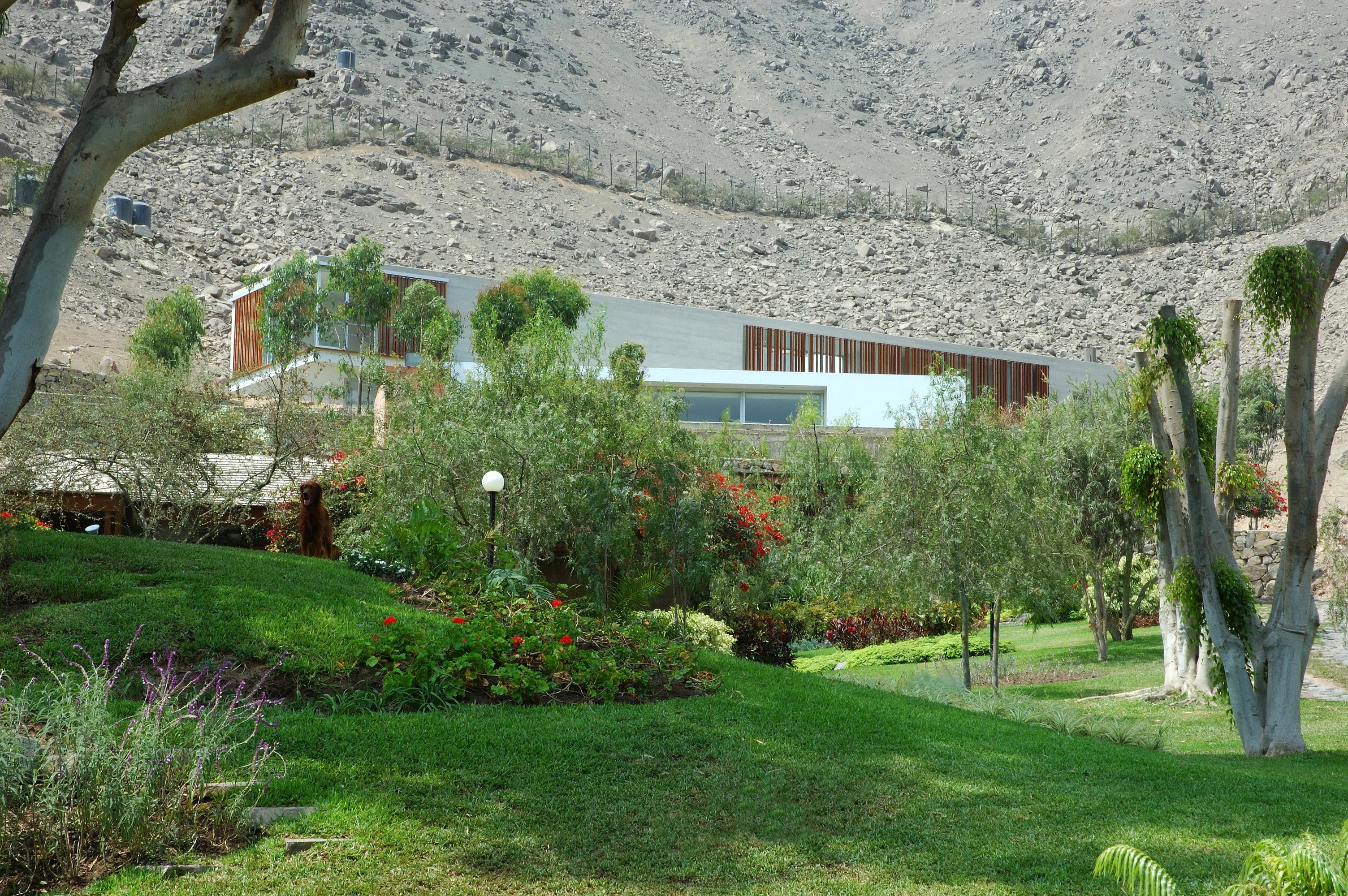 Casa VLL / Llosa Cortegana arquitectos, © Cortesia LLOSA CORTEGANA arquitectos