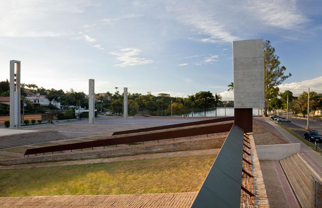 Praça Pampulha / Arquitetos Associados, ©Eduardo Eckenfels