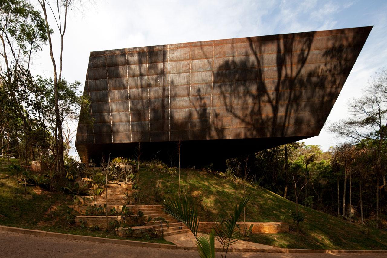 Galeria Miguel Rio Branco – Inhotim / Arquitetos Associados, © Leonardo Finotti