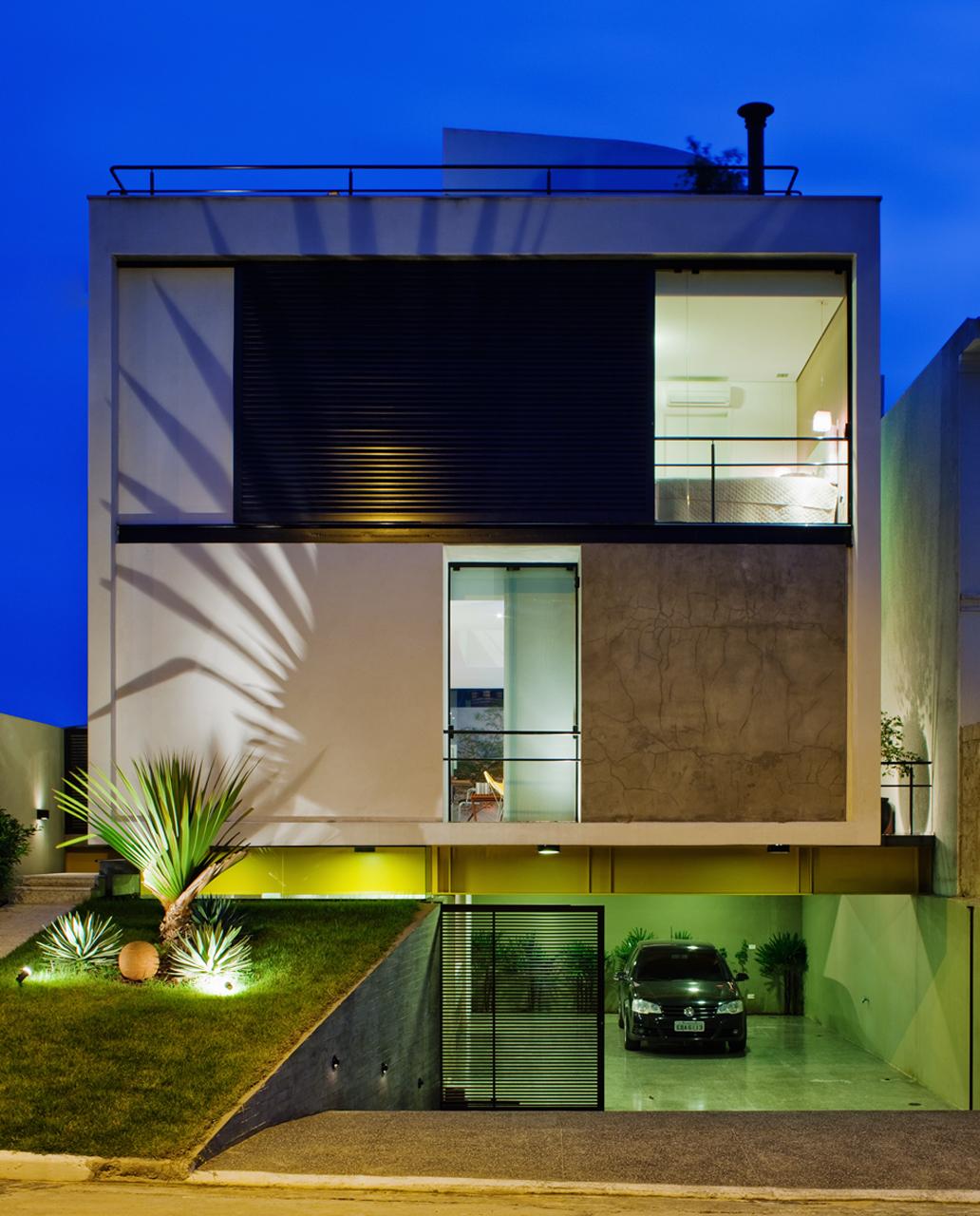 Casa Mirante do Horto / Flavio Castro Arquitetos, © Nelson Kon