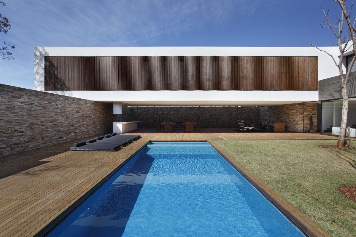 SN House / Studio Guilherme Torres, © Denilson Machado