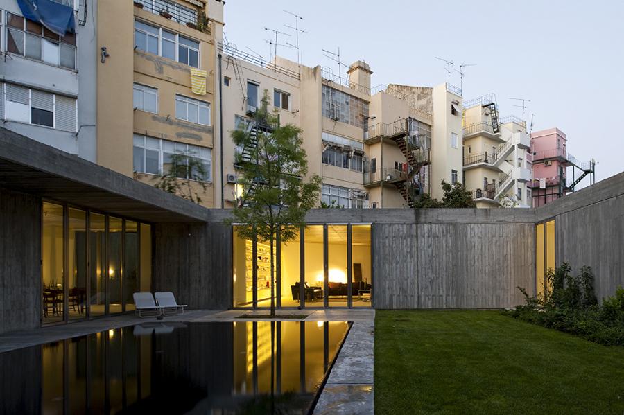 2 Casas em Santa Isabel / Bak Gordon arquitectos, © FG+SG – Fernando Guerra, Sergio Guerra