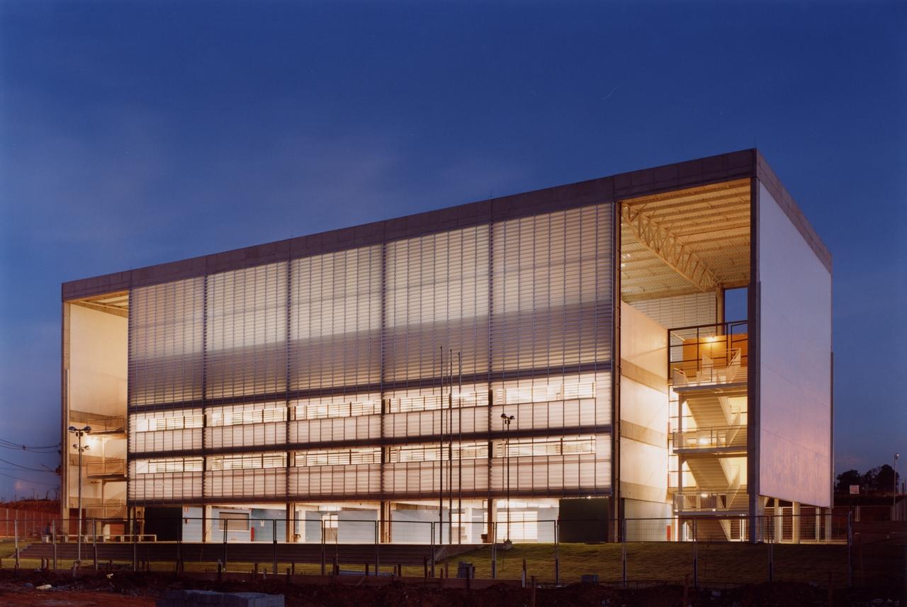 Escola Estadual Telêmaco Melges / UNA Arquitetos, © Nelson Kon