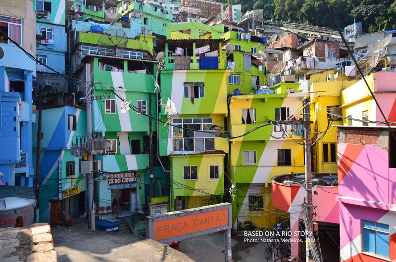 Filme de 5 horas: Favela Santa Marta / Roberto Costa e Rogerio Boettger, © Natasha Medeiros