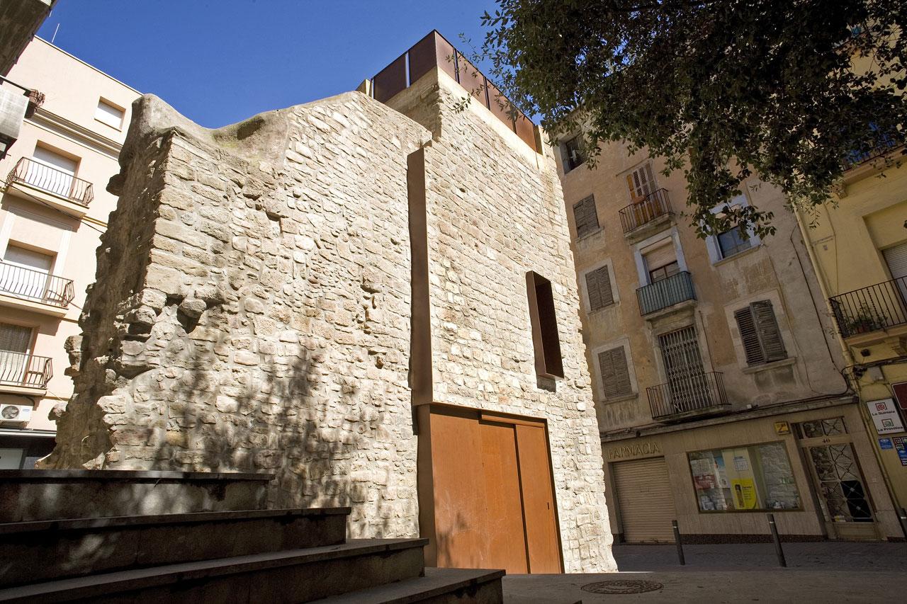 Rehabilitação da Porta de Sobrerroca / Santamaría Arquitectes, © Francesc Rubí