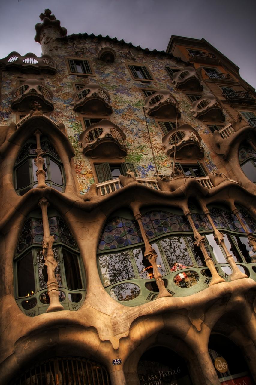 Clássicos da Arquitetura: Casa Batlló / Antoni Gaudí, © flickr hebedesign